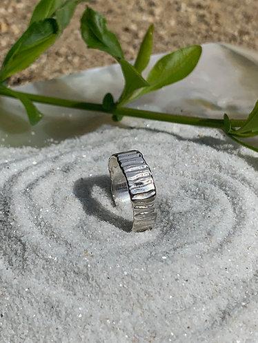 Wide Rill Ring