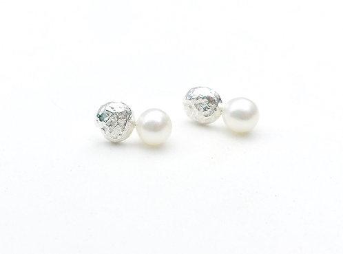 Sediment Studs w/Pearls