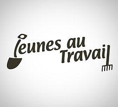 Jeunes au travial_edited_edited.jpg