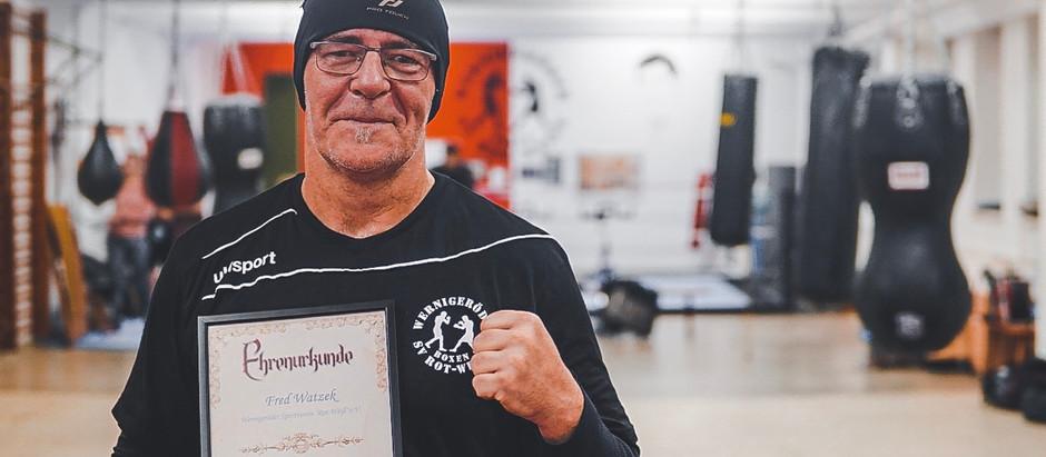 Fred watzek mit Ehrennadel des KreisSportBundes Harz ausgezeichnet