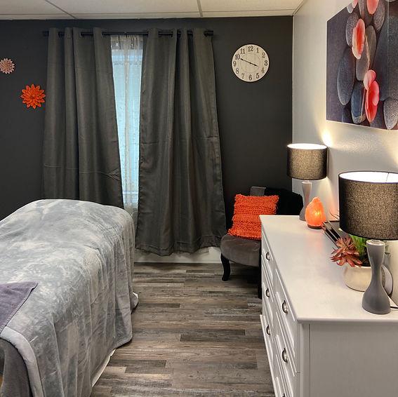 Sarahs Room.jpg