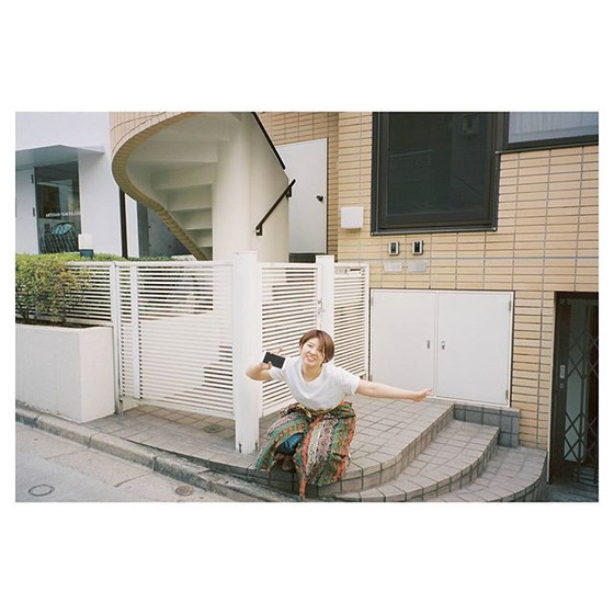 #体勢と顔で語る #かわいい__#naturaclassica #kodak #portra400 #fuji #film #35mm #portrait #model #balloonhair #ナチュラクラシカ #作撮り #鹿児島 #ポートレート #モデル #サロンモデル #