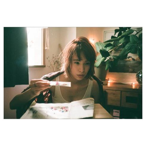 Portrait Series⚡Tokyo, Japan 東京サブカルちょいエロ。いい表情👋_the_thyme _balloonhair_utsugi #konicac35 #agfa200__#back2thebase #streethoney #portracurated_