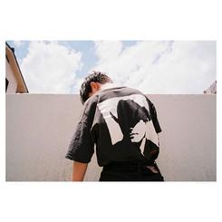 #背中で語る__#naturaclassica #kodak #portra400 #film #35mm #portrait #instagood #fuji #ナチュラクラシカ #ポートレート #表参道 #吉祥寺 #美容師 #美容院 #モデル #model #富士フィルム #