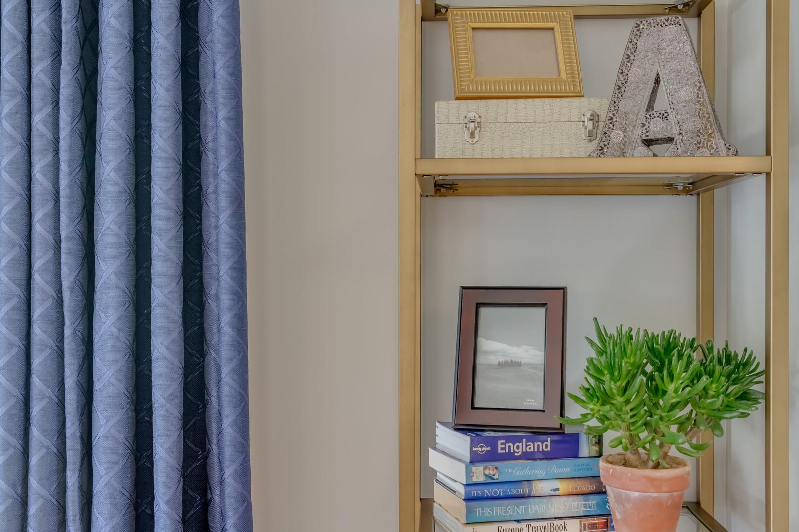 home decorating shelf styling