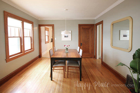 Staged dining room in Minneapolis, MN