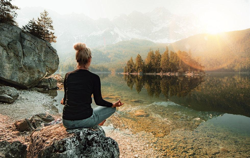 Meditating%20in%20Nature_edited.jpg