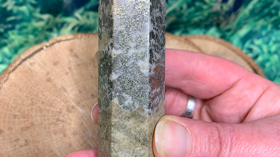 Earthy Pyrite Mix 6-Sided Tower