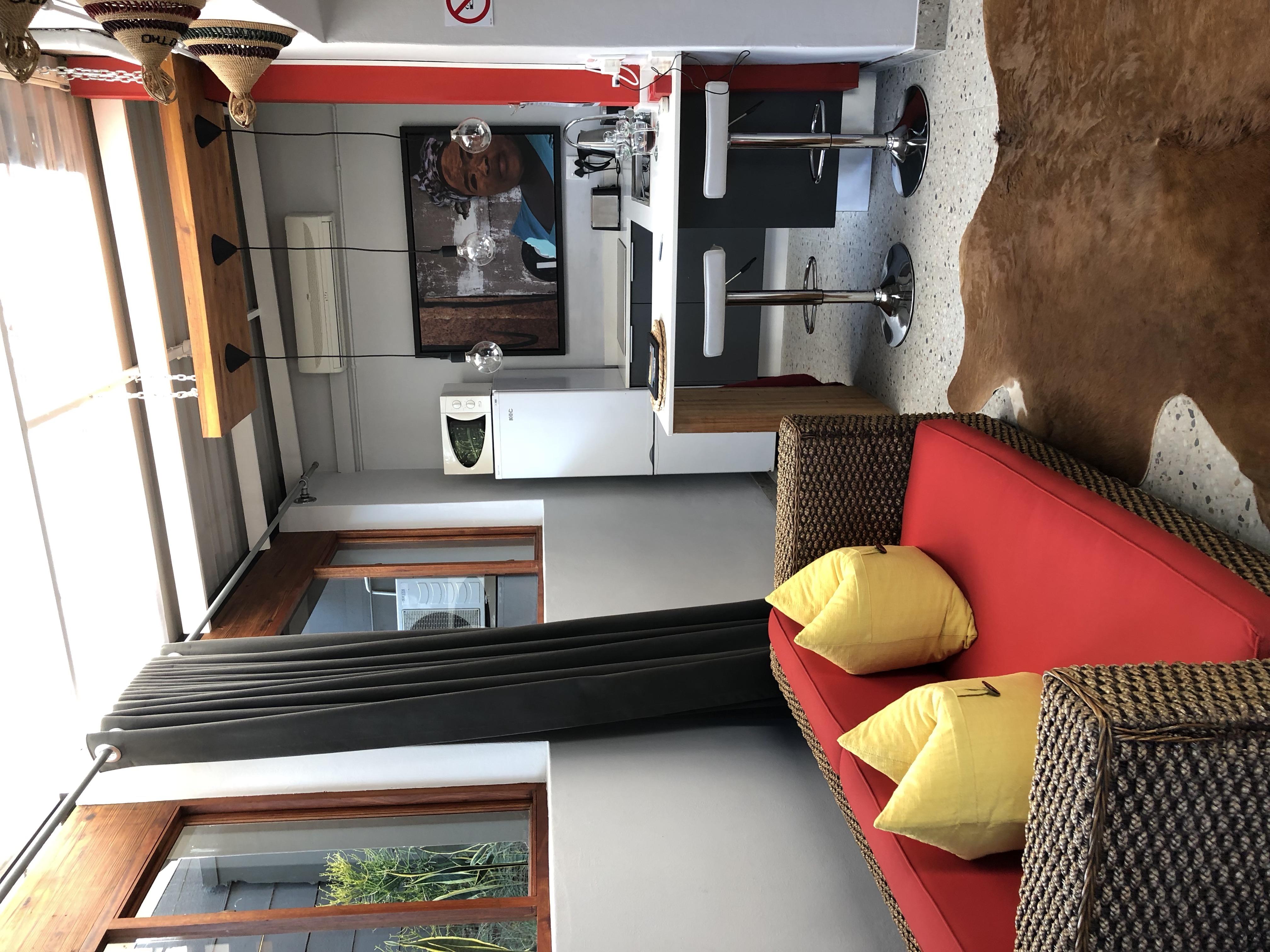 Ekhaya Kitchen Sitting area