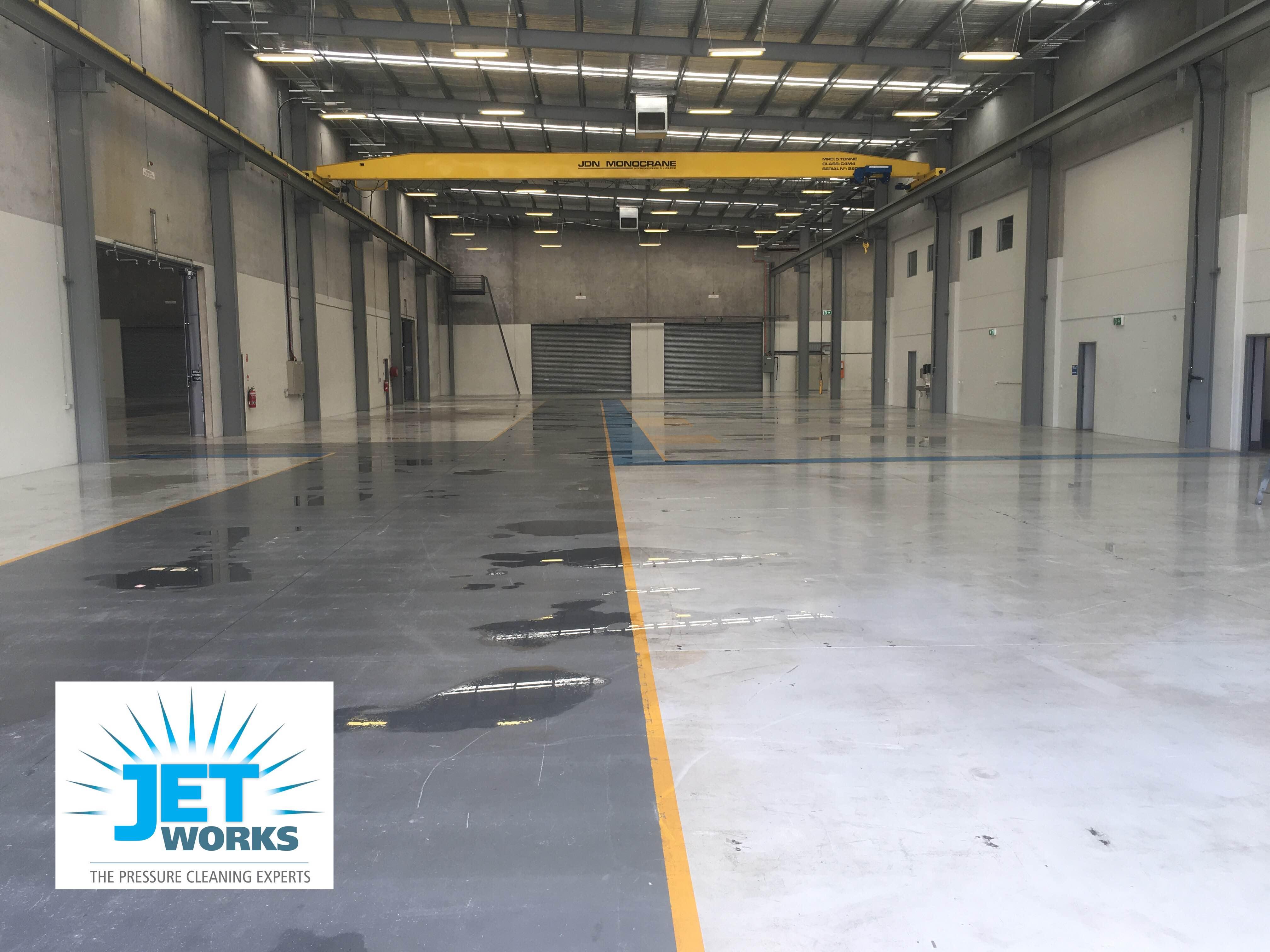 Warehouse high pressure cleaning Bri