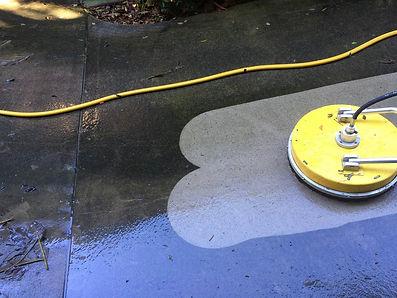 High pressure concrete cleaning Brisbane