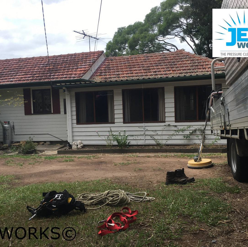 roof cleaning brisbane 100 (Copy)