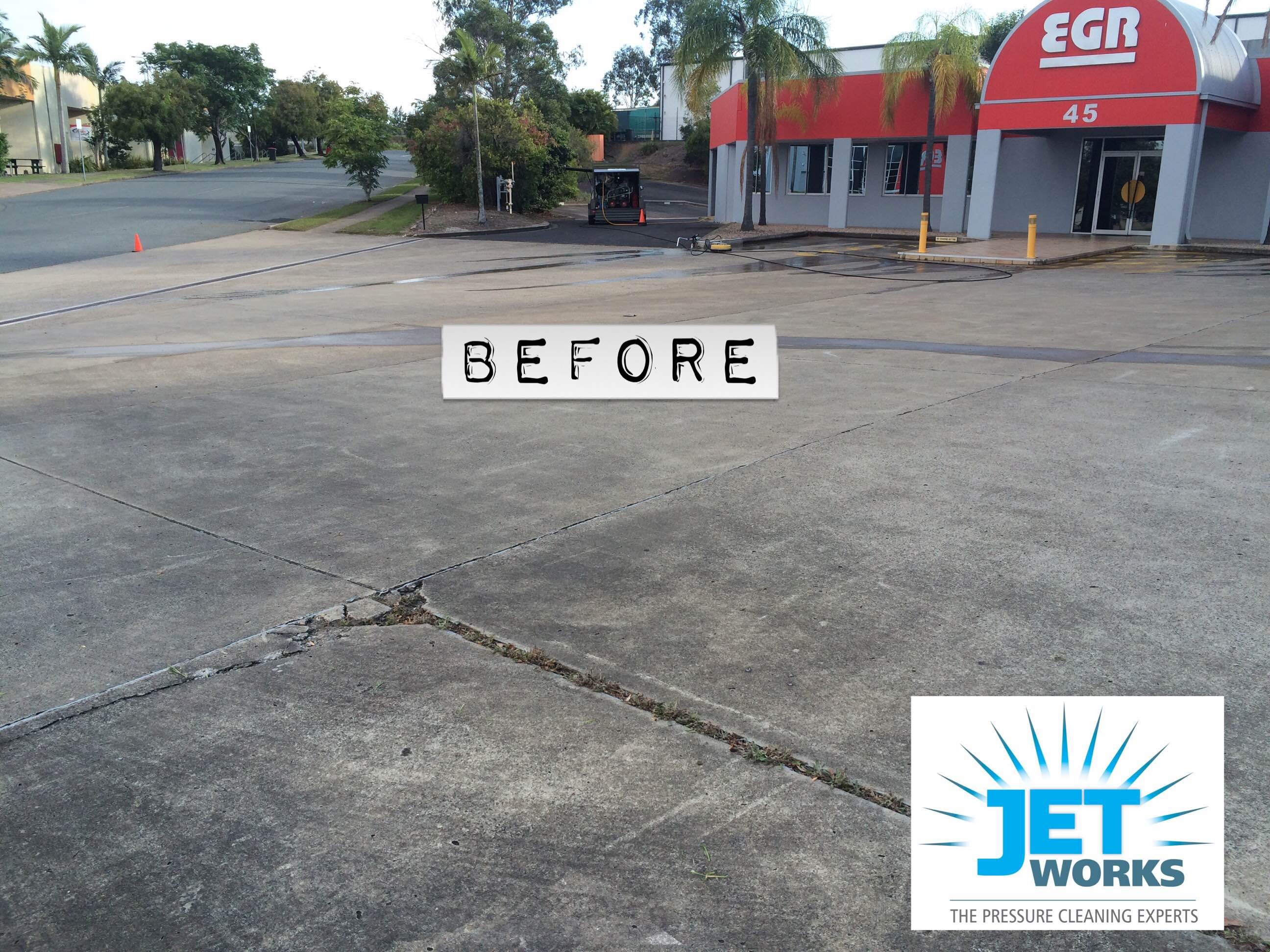 Car park cleaning before pic
