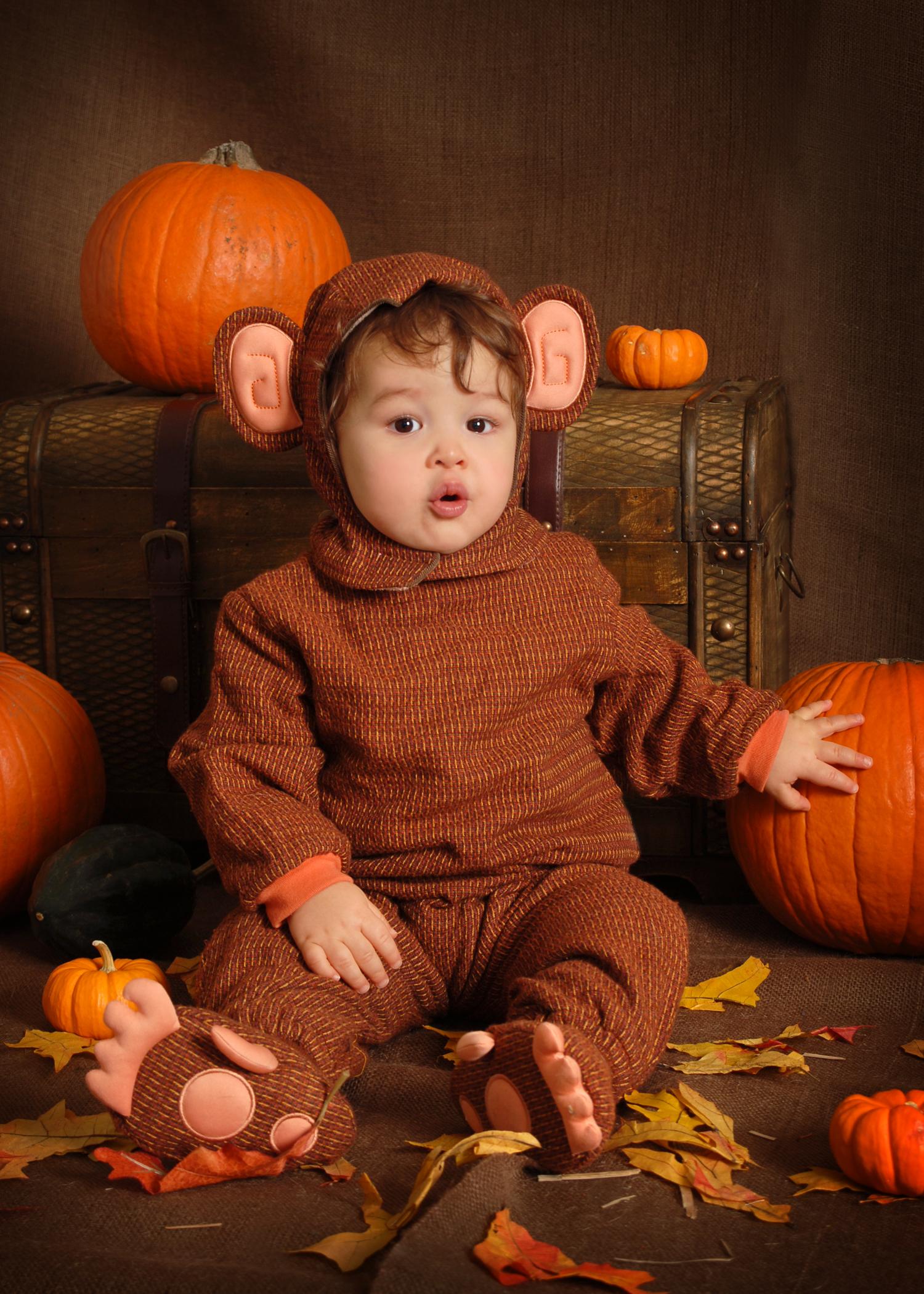 Halloween_monkey_5x7.jpg