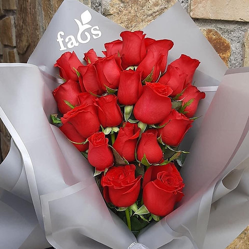 FAOS roses bouquet
