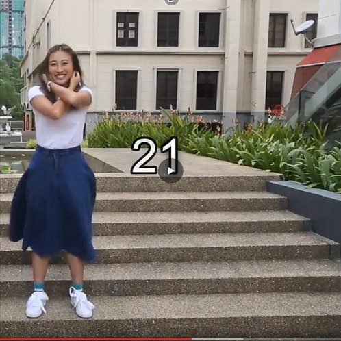 Chinese Girl Doing 40 Situps