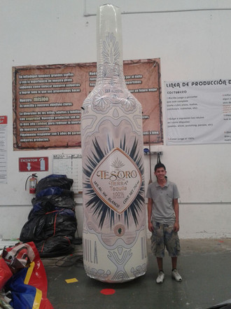 Botella Tequila 4 mts
