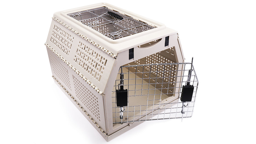 Foldable travel cage