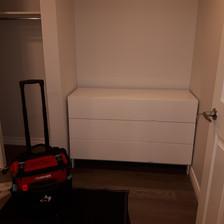 3 drawer dresser assembly
