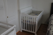 baby crib assembly