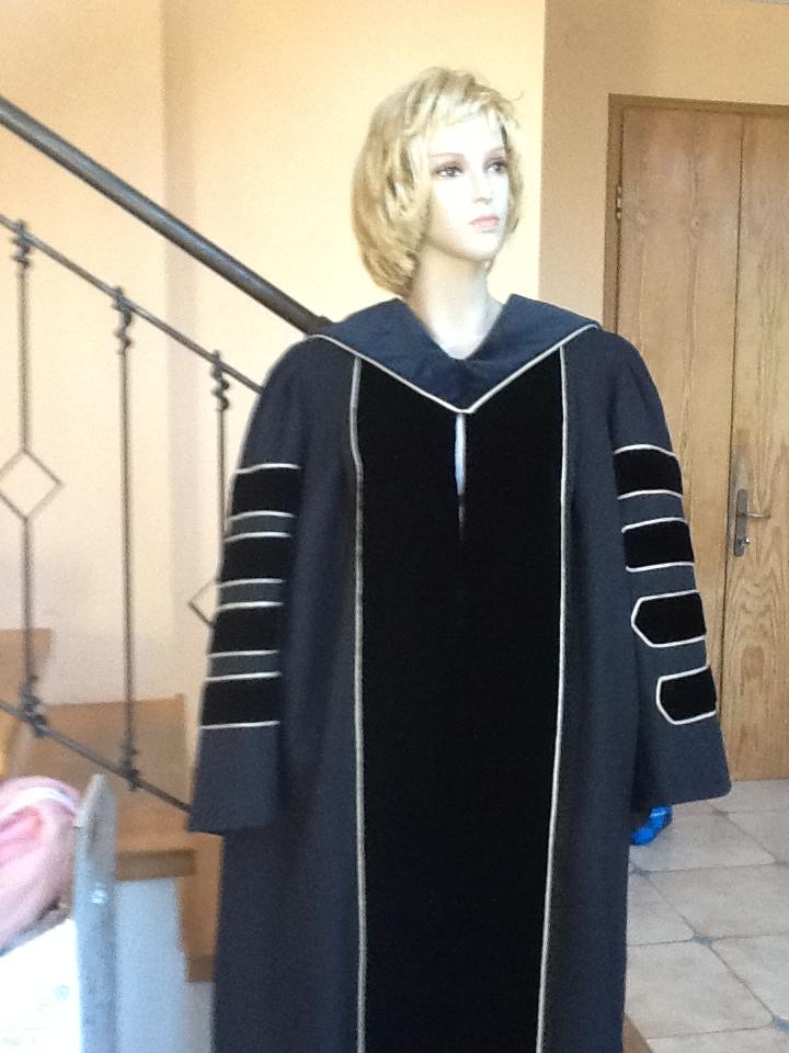 גלימת נשיא אוניברסיטה/מכללה