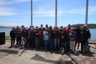 Visit to the Dewitt Memorial