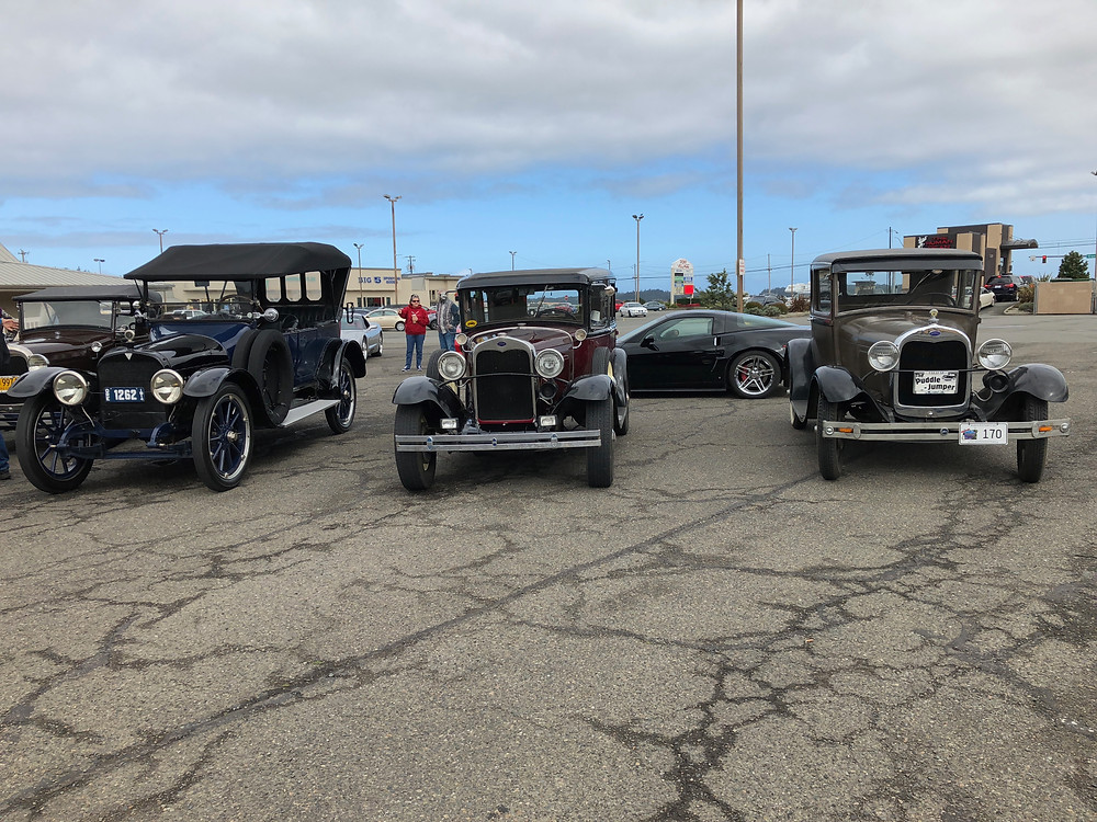 A few of made the trip up to La Pinata Restaurant in Drain for lunch.  It was a nice drive, not to warm not to cold and no rain.  The Old timers were in Pony Village having a Poker Run and lunch.  We drooled on their cars and they drooled on ours.  A fun time was had by all.