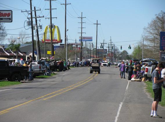 30. Evangelism at the Larose Mardi Gras