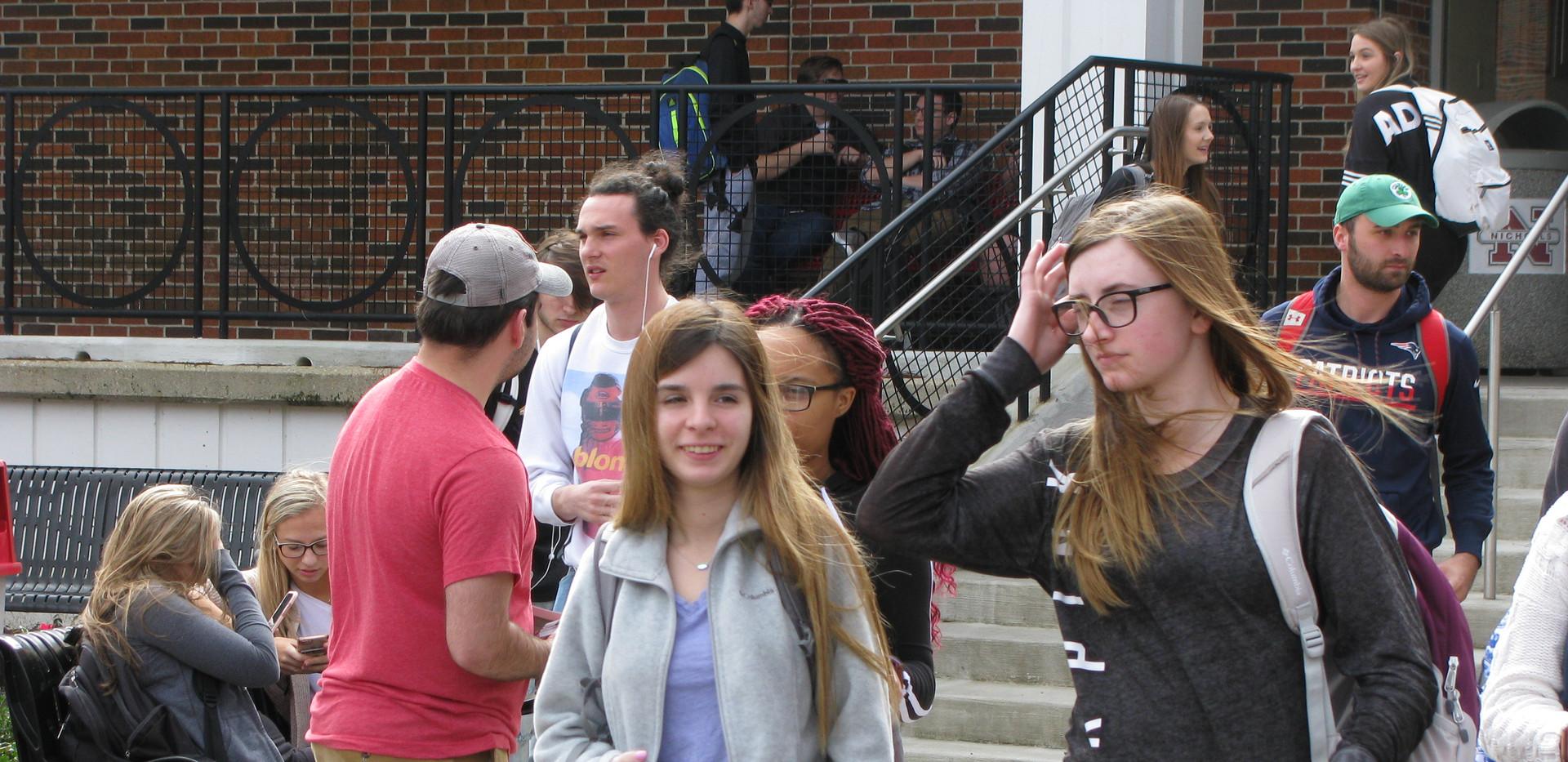 30. Thomas evangelizing the students at