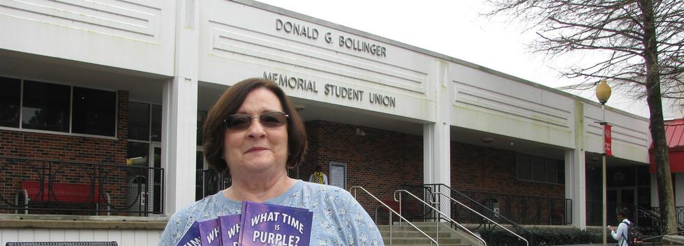 08. Cindy Richmond distributing What Tim