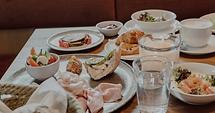 Screenshot 2021-09-09 at 19-27-47 Frühstück Brunch in Laufen, Hotel Restaurant zumOXN.png