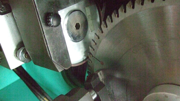 90 - 120 T Saw Blade Sharpening up to 15 inches in Diameter