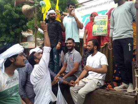 Bharat Bandh: Massive Jam at Delhi-Gurgaon Border As Farmers Protest