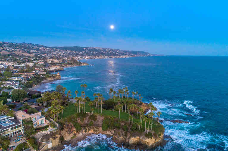 Drone Photograher | Laguna Beach Twin Points