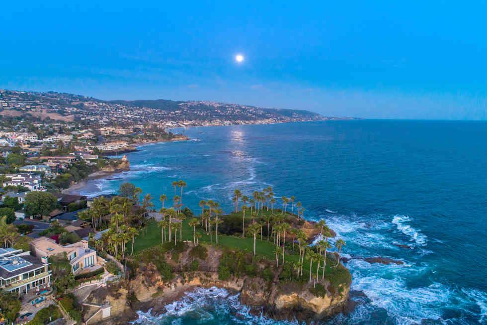 Drone Photograher | Laguna Beach Twin Points
