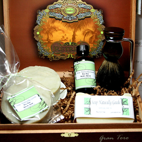 Deluxe Shaving and Grooming kit
