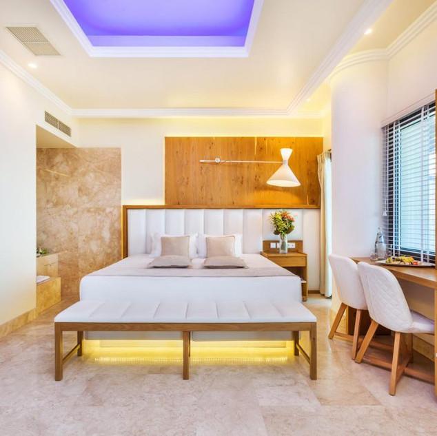 Porto Marine Hotel, matress bed aside  m