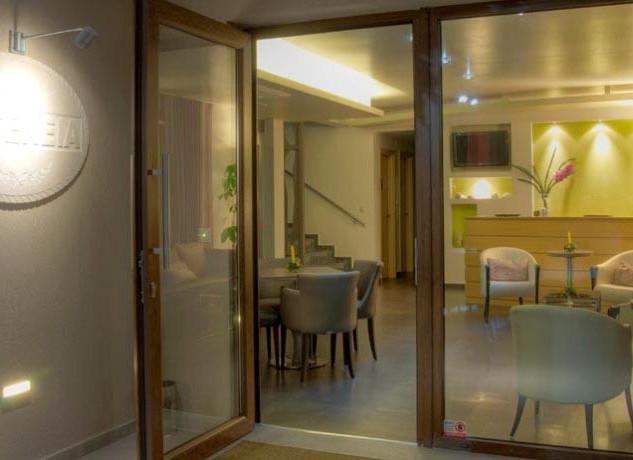 4 Hotel Ifigenia, Είσοδος lobby Voutsas