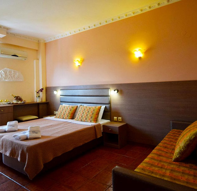 2 Hotel Dias, Δίκλινο με καναπέ κρεβάτι