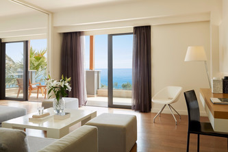 Cavo Olympo, Σαλόνι executive suite Vout