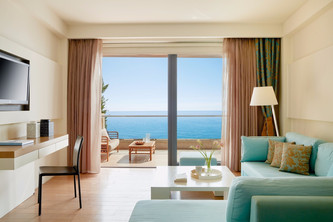 Cavo Olympo, Σαλόνι σε δωμάτιο ξενοδοχεί