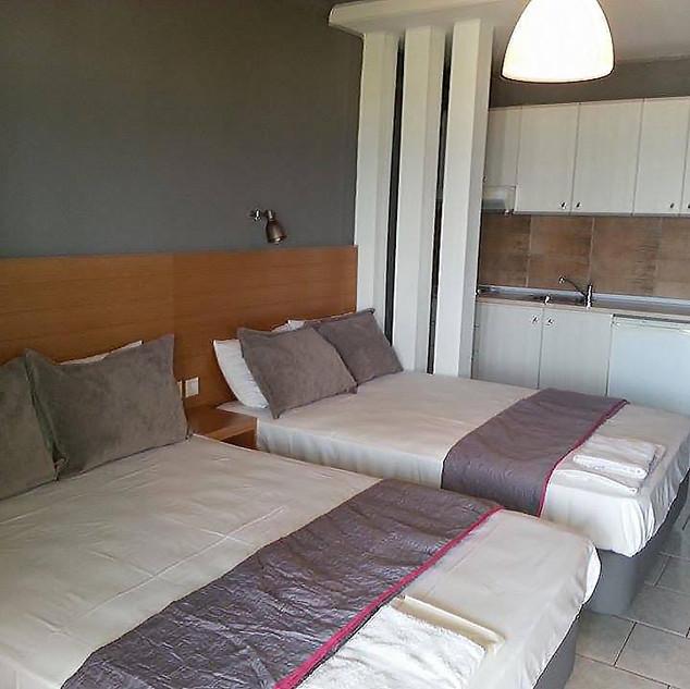 2 Isla Rooms, Τετράκλινο, ξύλινη πλάτη μ