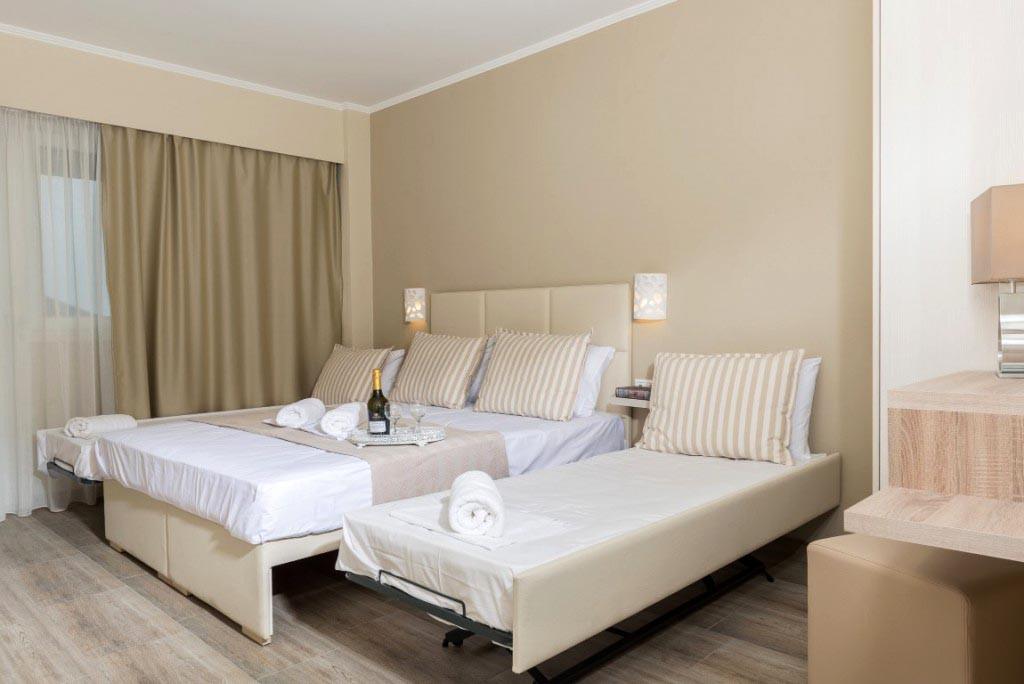 3 Ammos Hotel Deluxe Suite Voutsas en oi