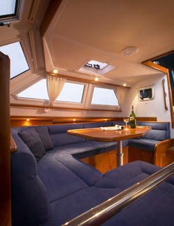 C-Yacht 1130 Deck Salon