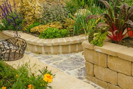Garten Mauer.jpg