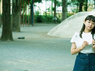 本サイトに謎の本好き少女Kyoka-chanが登場しました!