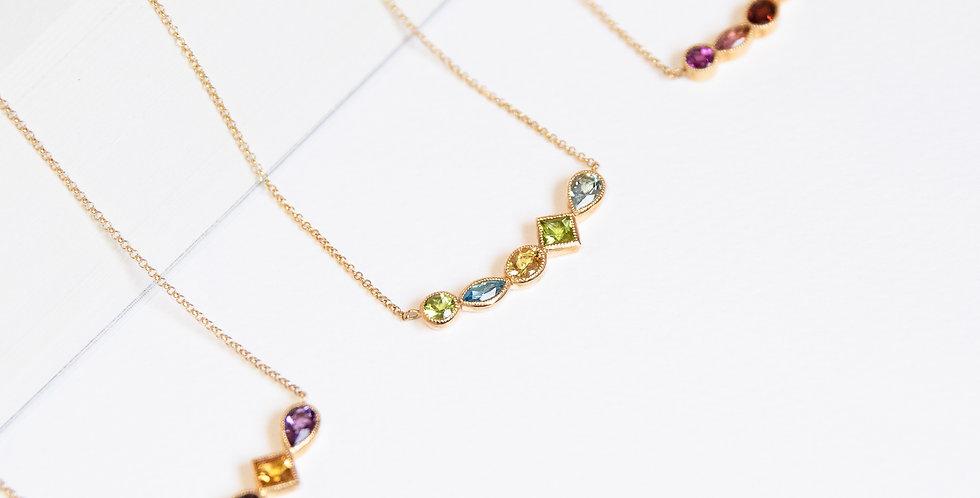 Cinq Necklace