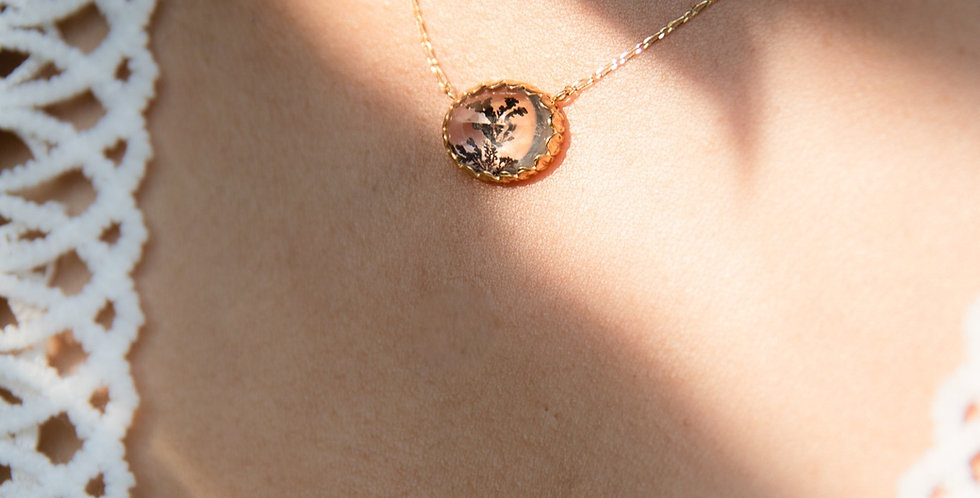 Foglie Necklace