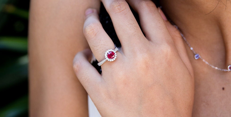 Pigeon's Blood Ruby Ring