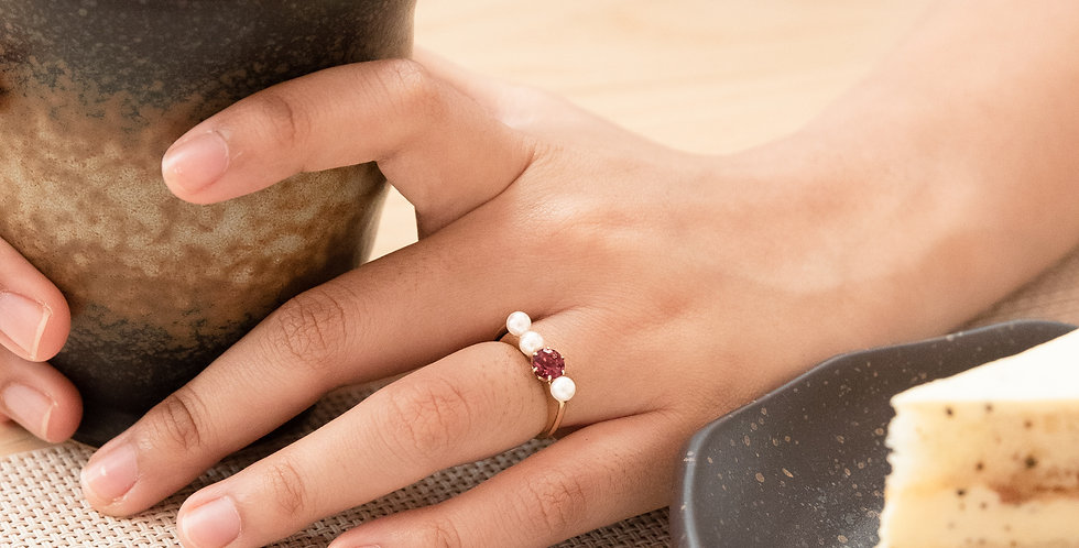 and Pearl Ring - Row